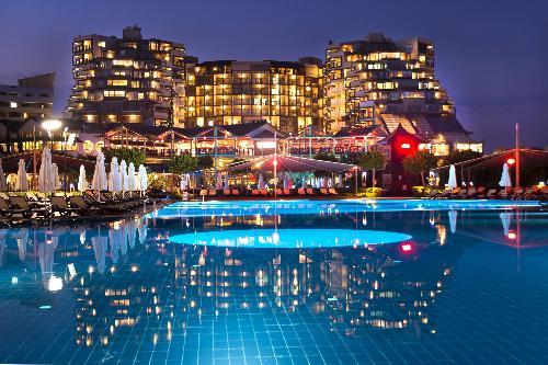 Limak-Lara-Deluxe-Hotel-Resort-transfer